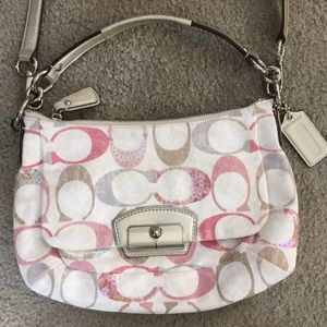 💕 Coach gorgeous fabric crossbody shoulder bag